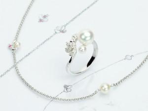 琉球真珠 Splendore 沖縄の春を告げる花デイゴをモチーフに、大小のパールでアクセントをつけたデザインです