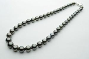 琉球真珠 黒蝶真珠ネックレス